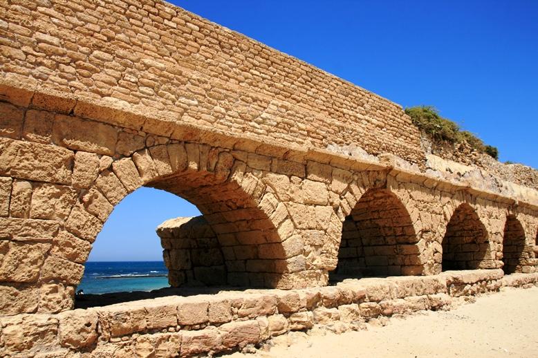 Caesarea Rome cannon2